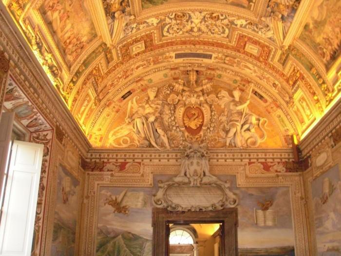 wnętrza- Muzea Watykanu