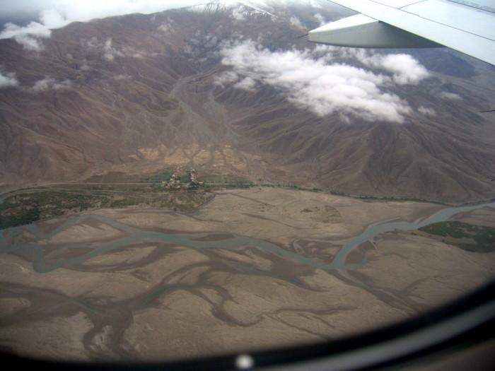 Lot na doliną Lhasy