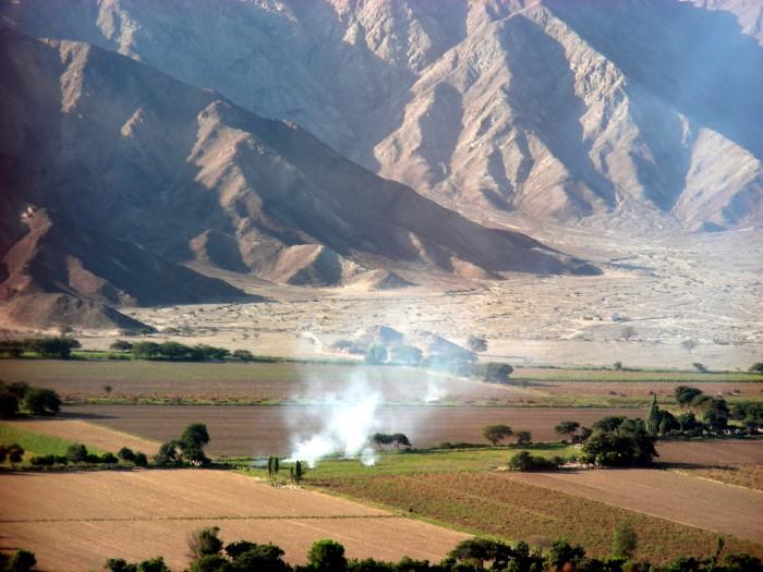 Miejscowość Nazca - widok z samolotu