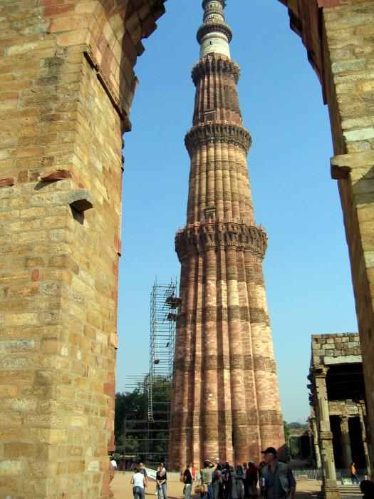 Kutab Minar, wieża 73m wysokości