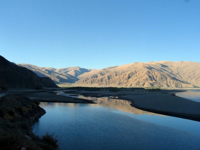 Dolina rzeki Jarlung Cangpo