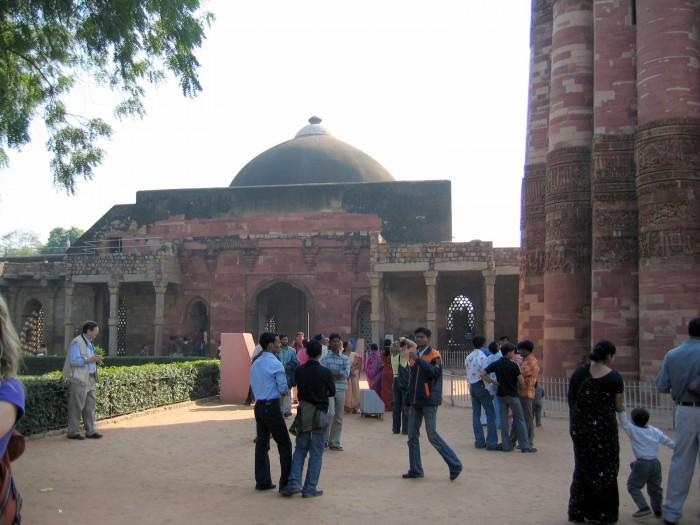 Kutab Minar - Meczet Kuwwat al-Islam