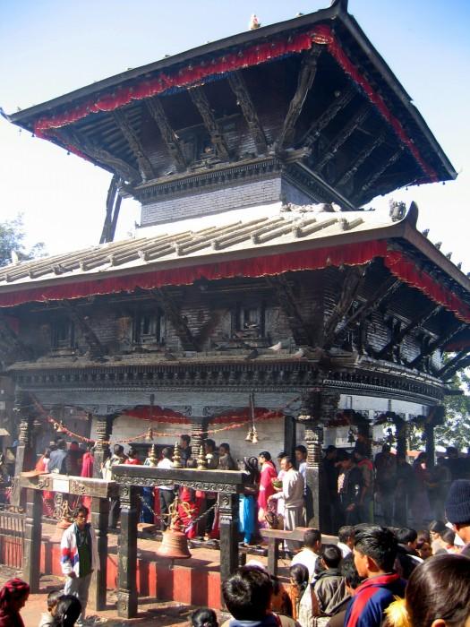 Kolejka do świątyni