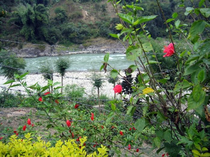 Miasteczko nad rzeką Trisuli