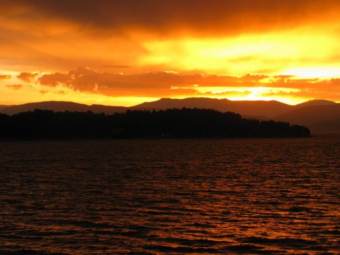 Wschód słońca po burzy