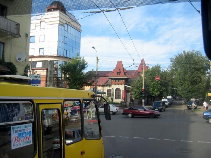 Stanisławów - przejazd do Jaremczy
