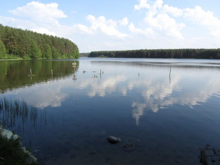 Kamienne Kręgi - jezioro