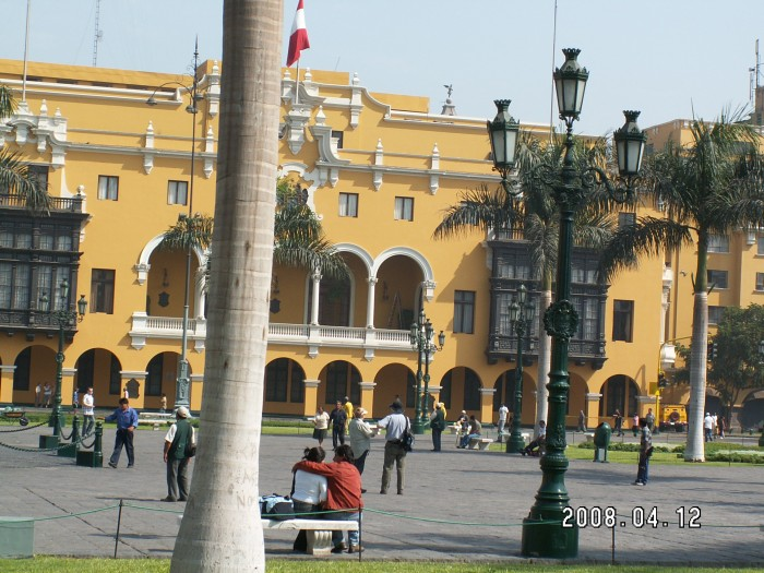 Plac De Armas - urząd miasta