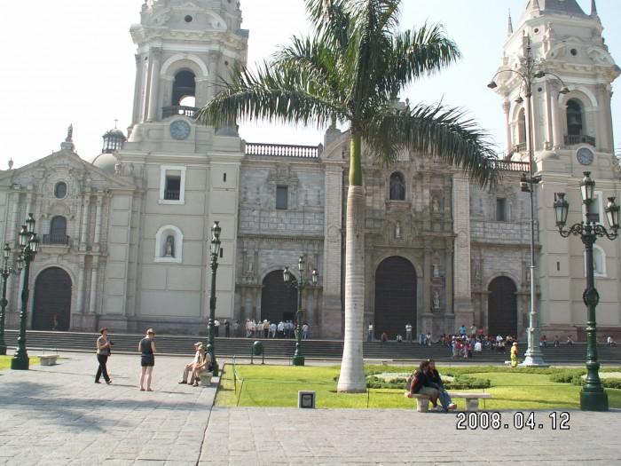 Katerda w Limie